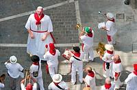 Street music band parade, San Fermin street-partying, Pamplona, Navarra Navarre, Spain, Europe