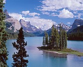 Spirit Island and Maligne Lake, which is the largest natural lake in the Canadian Rockies, Jasper National Park, Alberta, Canada