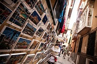 Postales mallorquinas en una calle de Palma