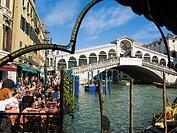 Rialto Bridge. Sestiere San Polo. Grand Canal. Venice. Veneto. Italy.