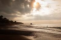 la libertad beaches surf paddel. el salvador.