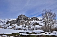 DISTRICT OF ARBAS (LEON). In the north of the province of Leon, between the Puerto de Pajares and tunnel Negron (Autopista Asturias) is the region of ...