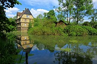 Germany, Gladbeck, Ruhr area, Westphalia, North Rhine-Westphalia, Wittringen Castle, moated castle, former manor house, half-timbered house, municipal...