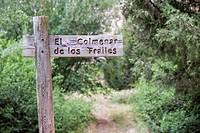 Indicating sign of the Colmenar de los Frailes at the bottom of the Río Lobos Canyon. Rocky Walls in the Canyon Lobos River Natural Park. Soria. Casti...