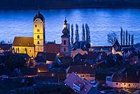 Austria, Lower Austria, Stein an der Donau, elevated view of town and Danube River, dawn.