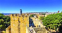 Battllement Walk Castle Fort Castelo de San Jorge Tagus River Lisbon Portugal. Recaptured Lisbon in 1147 and King Alfonso turned the hilltop into a Ca...