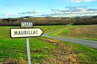 country road near Lauzun, Lot-et-Garonne Department, Aquitaine, France.