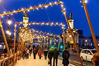 Maria Cristina Bridge, Christmas, Donostia, San Sebastian, Gipuzkoa, Basque Country, Spain, Europe