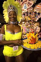 Carnaval del Junkanoo. Bay Street, Nassau, New Providence Island, Bahamas, Caribbean. New Year's Day Parade. Boxing Day. Costumed dancers celebrate th...
