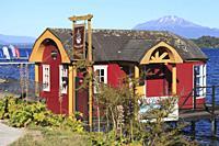 Chile, Lake District, Puerto Varas, Lake Llanquihue, Calbuco Volcano, cabin,.