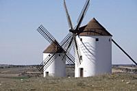 MOTA DEL CUERVO CUENCA: Windmills of La Mancha.