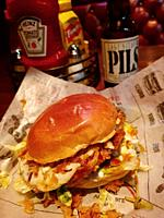 Bills´s Bar and Burger, The Bill´s burger classic with cheese, LTP, special sauce. Bill's began in New York City back in 2009, becoming an instant hit...