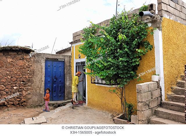 village in Oum-er-Rbia valley, Khenifra region, Middle Atlas, Morocco, North Africa