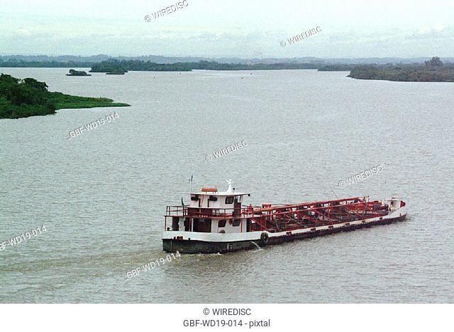 Boat, Rio Guaiba, Rio Grande do Sul, Brazil