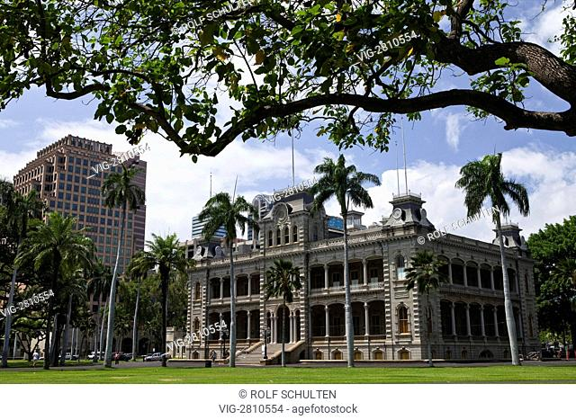 USA, UNITED STATES OF AMERICA, HONOLULU, 28.06.2010: Iolani Palace, former royal palace (built 1879-82). - HONOLULU, HAWAII, UNITED STATES OF AMER, 28/06/2010
