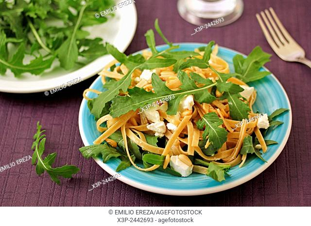 Tagliatelle with rocket salad
