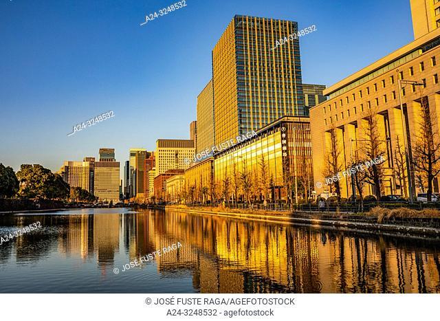 Japan, Tokyo City, Marunouchi District skyline