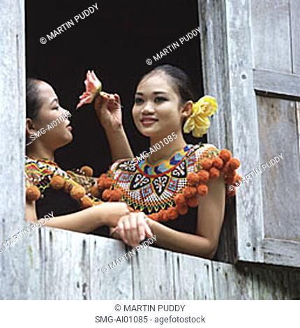 Malaysia, Sarawak, NR Kuching, Santubong, Cultural Village Bidayuh, girls in traditional costume
