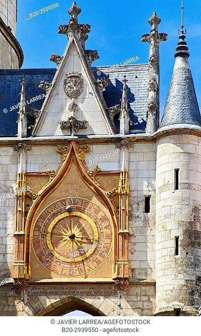 Tour de L'Horloge, Auxerre, Yonne, Burgundy, Bourgogne, France, Europe