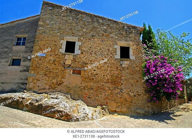 Housing, La Pera, Baix Emporda, Catalonia, Spain