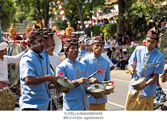 Gamelan orchestra, Singaraja, North Bali, Bali, Indonesia, Southeast Asia, Asia