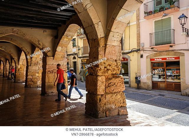 Stone gothic arches on Merceria street. Tarragona old town, Catalonia, Spain