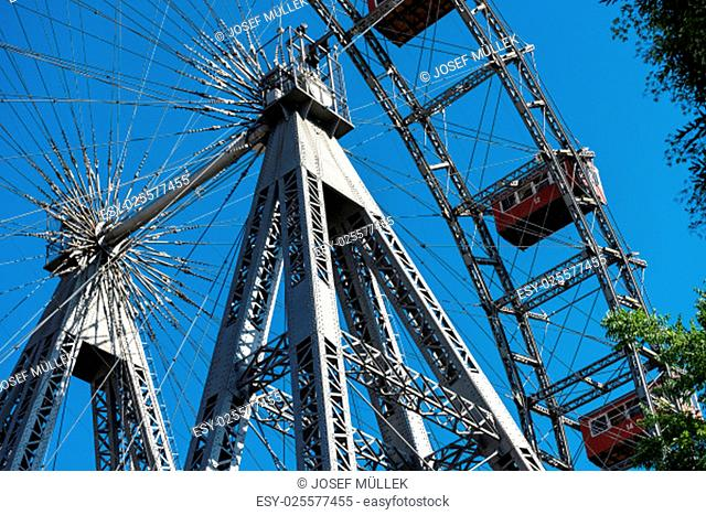 giant ferris wheel,landmark before the vienna prater