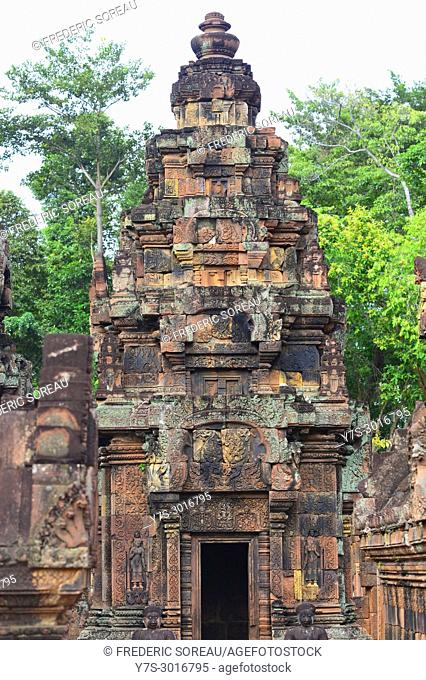 Banter Srei temple, Angkor, Cambodia, South East Asia, Asia