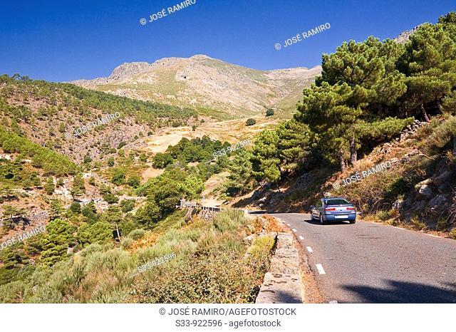 Carretera de montaña por el puerto de Mijares. Sierra de Gredos, province of Ávila, Spain