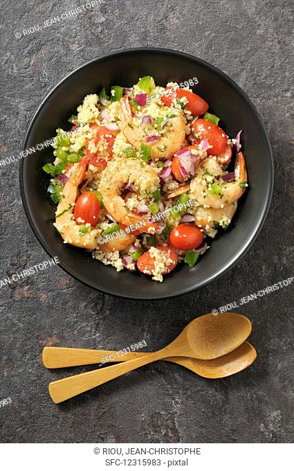 Couscous with shrimp and tomatoes