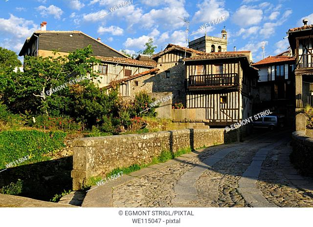 Europe, Spain, Castile and Leon, Castilla y Leon, Sierra de Francia, view of the oldtown of La Alberca