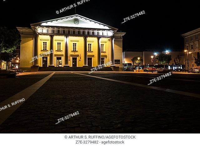 Night view of façade of Vilnius Town Hall (City Hall), Town Hall Square, Didzioji Street, Old Town, Vilnius, Lithuania, Baltic States, Europe