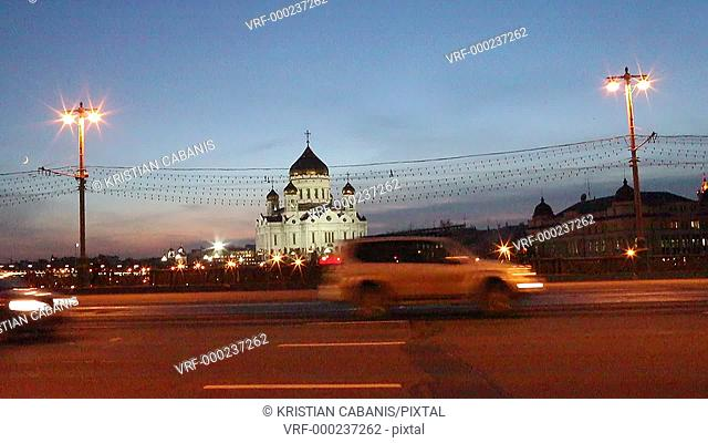 Traffic on a bridge in front of the Christ the Savier church, Moscow, Russia, Europe