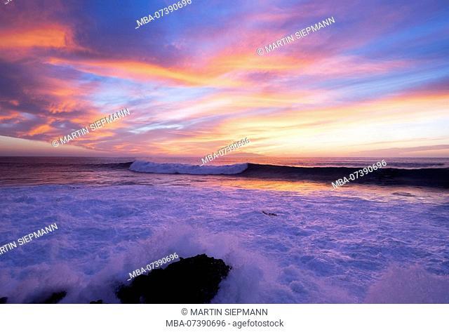 Sea surf in evening light, Valle Gran Rey, La Gomera, Canary Islands, Canaries, Spain