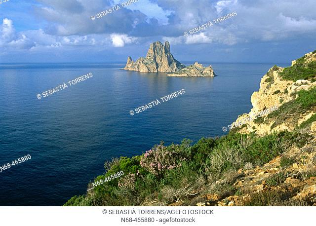 Es Vedrà and Es Vedranell islands. Ibiza, Balearic Islands. Spain