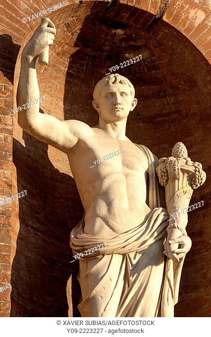 Statues under the balconies of Piazza del Quirinale, Rome, Lazio, Italy