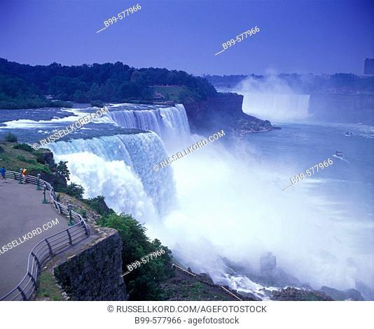 American Waterfalls, Niagara, New York, Usa
