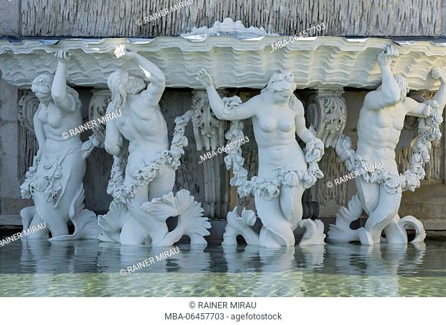 Statues in the Belvedere garden, 3rd district country road, Vienna, Austria
