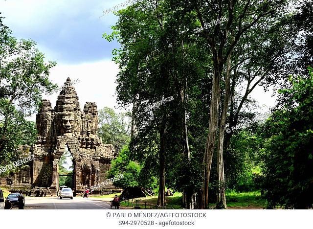 Exit gate of Angkor Thom, Angkor area, Siem Reap, Cambodia