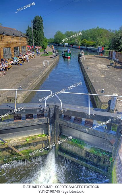 HDR image of a narrow boat passing through Mountsorrel Lock on the River Soar by The Waterside Inn
