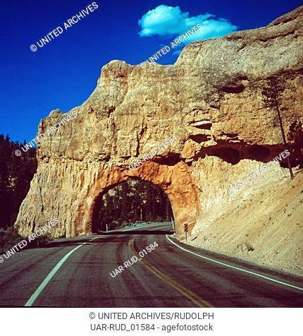 Auf dem Weg in den Zion-Nationalpark, Utah, USA 1980er Jahre. On the way to Zion National Park, Utah, US 1980s