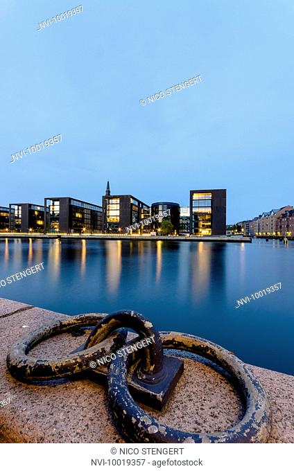 Nordea Bank headquarters in Christianshavn seen from Slotsholmen, designed by the architect Henning Larsen, Inderhavn, Copenhagen, Denmark