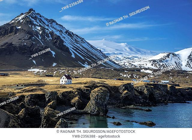 Harbor in Arnarstapi, Snaefellsjokull Glacier in background, Snaefellsnes Peninsula, Iceland