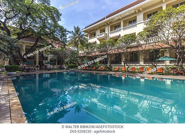 Cambodia, Phnom Penh, Raffles Hotel Le Royal, swimming pool