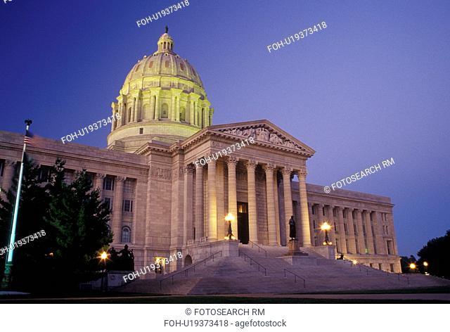 Jefferson City, MO, Missouri, Missouri State Capitol, State House, evening