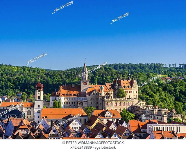 Sigmaringen Castle and church of St. John Evangelist, historic centre of Sigmaringen, Upper Swabia, Swabia, Baden-Württemberg, Germany, Europe