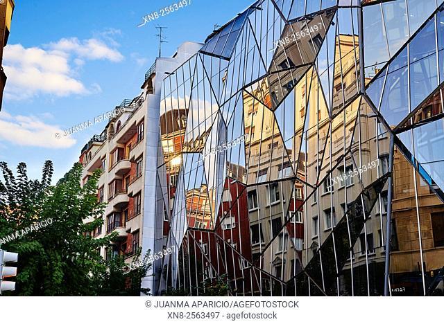 BASQUE HEALTH DEPARTMENT HEADQUARTERS, BILBAO, SPAIN, Architect COLL BARREU ARQUITECTOS