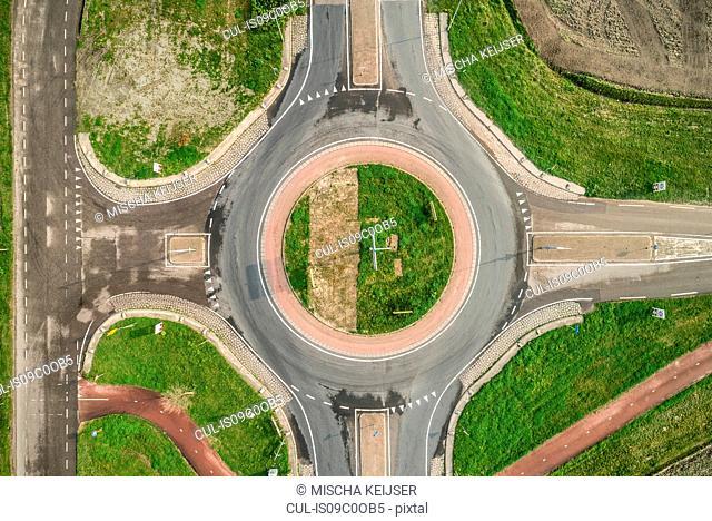 Roundabout, overhead view, Maasdijk-Heenweg, Zuid-Holland