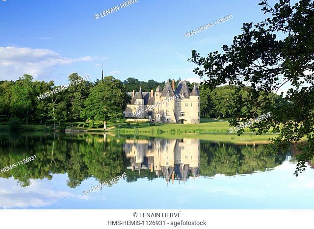 France, Cher, Berry, Route Jacques Coeur, Oizon, Chateau de la Verrerie, castle owned by the Earl Beraud de Vogue