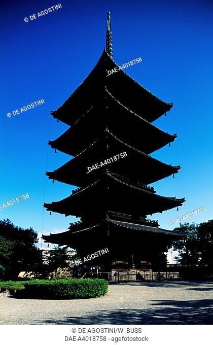 Five-story pagoda of Kyoo-Gokoku-ji Temple (To-ji Temple) (UNESCO World Heritage List, 1994), Buddhist temple, Kyoto, Kansai, Japan